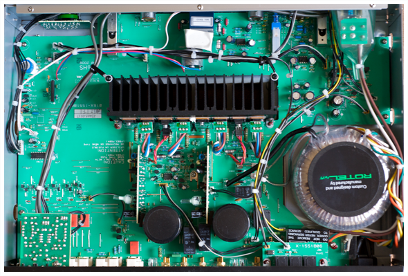 Integrated amplifier RA-1520-2
