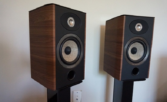 Loa-focal-Aria-905-(Walnut)