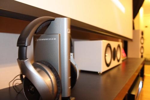Loa monitor audio rx centre