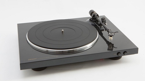 dau dia Than Turntable DP-300F 1