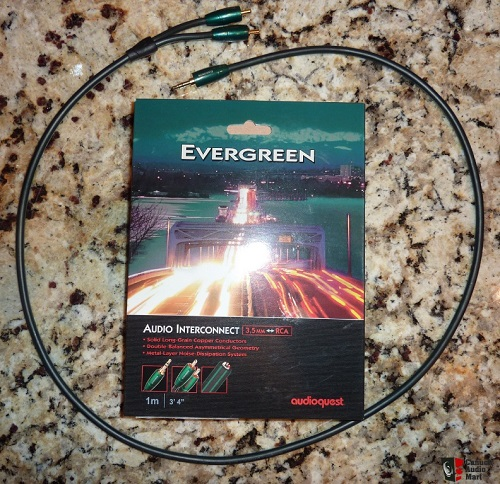 day-tin-hieu-audioquest-Evergreen1